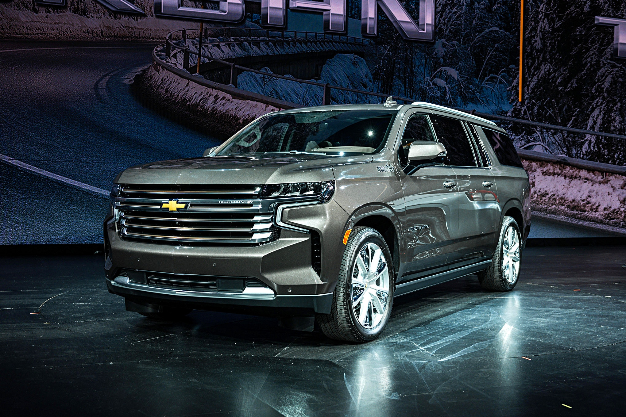 2021 Chevrolet Tahoe and Suburban Get New IRS Suspension ...